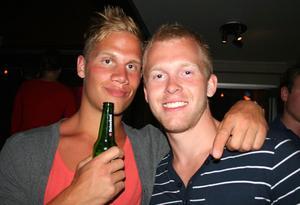 Blue Moon Bar. Lars-Lennart och Måns