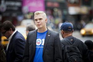 – Jag ville vara med om att vinna ett amerikanskt presidentval, säger Emil Claesson.
