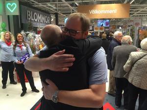 Ica-chefen Fredric Jernemyr var både stolt och glad när han visade upp Ica Kvantum.