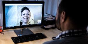 Vård online blir allt vanligare. E-hälsan utvecklas snabbt i Sverige.