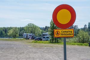 Den omdebatterade husbilsparkeringen vid Jamtlibryggan i Östersund. Arkivbild.