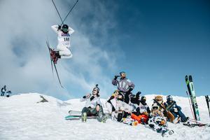 Tävlingen kan vara en höjdpunkt både för åkare och åskådare. Foto: Adam Klingeteg / Red Bull Content Pool