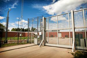 Entrén till anstalten Salberga i Sala