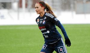 Lova Lundin kom in i andra halvlek och spelade fram till två mål.