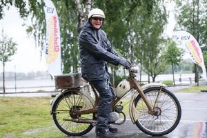 Lars-Göran Mood från Hudiksvall dammade av sin gamla Nsu Quickly -61, som stått orörd i tio år.