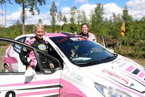 Kullings MS och SMK Nyköping kom Annie Hellstadius och Jonna Eson Brådhe. Båda var nöjda med tävlingen som var säsongspremiär på grus för dem.