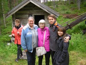 Carina och Mika från Nyliden med vännerna Loreen, Tim och Hannelore från Tyskland.