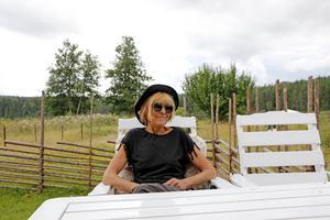 Annica Stark trivs på landet, och flytten till den nya bostaden i Noratrakten känns rätt.