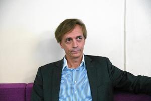 """""""Hur nöjda hyresgästerna ska vara och hur välskötta fastigheterna ska vara, avgör också priset"""", vill Ulf Rosenqvist understryka."""