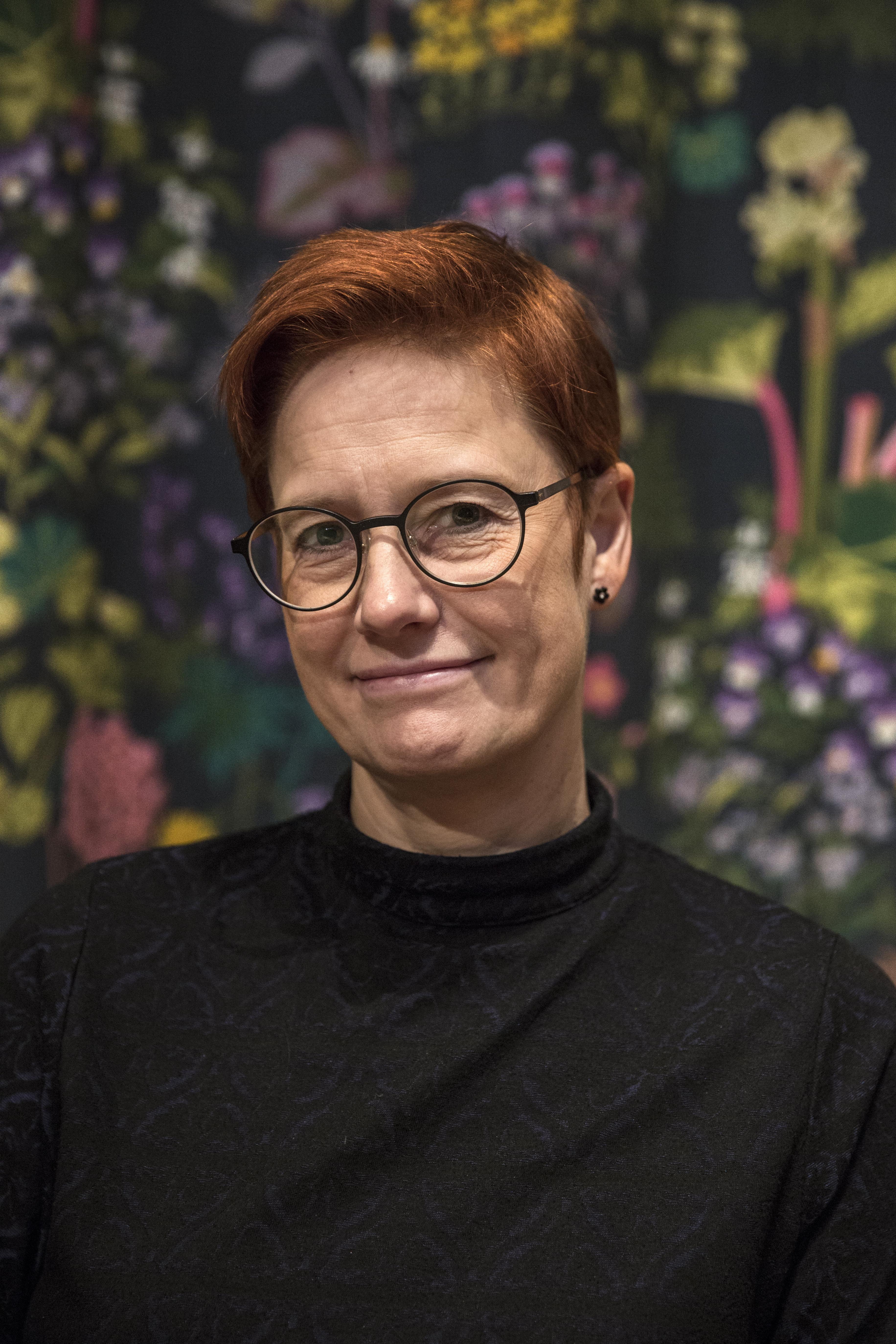 Annika Nordkvist, producent för Dalasinfoniettan i det gröna.