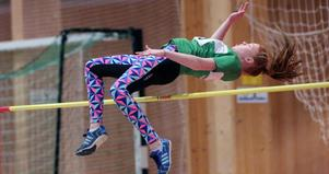Therese Silfver, Trångsvikens IF, vann höjdhoppet i F13-klassen på 1,38 meter.