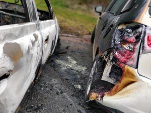 Utbrända bilar från Spikverksgatan.