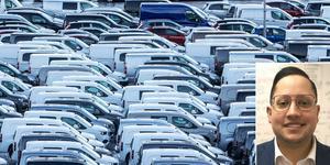 Jorge Castro tipsar om hur du ska parkera för att minimera risken för skador. Han ställer sig också frågan vem som egentligen bär ansvaret för de allt mindre parkeringsplatserna. Foto: Ole Berg-Rusten/TT