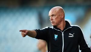 Malmö FF:s tränare Uwe Rösler skickar ut alla nyförvärv från start när laget gästar ÖSKFoto: Andreas Hillergren / TT /