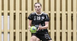 Tilda Ekvall gjorde elva mål och bidrog starkt till att Strand vann.
