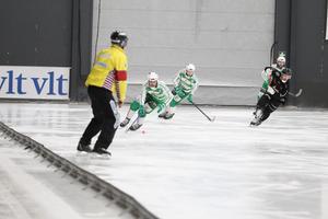 Tobias Holmberg, Stefan Edberg och Anders Bruun för Västerås SK. Martin Flodström för Tillberga.