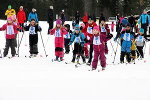 Sportlovsloppet vid Kygelvallen, Knåda brukar samla många unga och tappra skidåkare.
