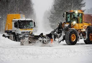Insändarskribenten är kritiskt till hur Sundsvalls kommun sköter snöröjningen. Foto: Mårten Englin