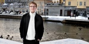 Noel FIlén-Hammarström spelade i basketligan för damer förra säsongen. Nu berättar han om beslutet att byta kön – och drömmen om att fortsätta idrotta.