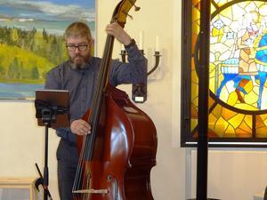 """Basisten Niclas """"Pebbe"""" Vigren är ny i trion, men har rutin i massor från spelningar i andra konstellationer."""
