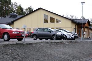 Insändarskribenten känner oro för arbetssituationen på skolan i Finnerödja.