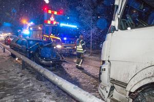 Trafikolycka på Mästerbovägen.