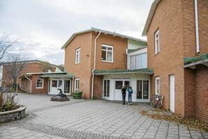 Torvallaskolan blir en renodlad  högstadieskola från årskurs sju till nio. Inte som idag, från årskurs sex.