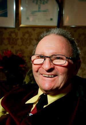 Mietek Grocher har avlidit 91 år gammal.