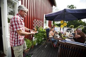 Sju olika surströmmingar testades i år av Tidningen Ångermanlands surströmmingspatrull.