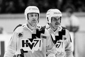 Ivan Hansen och Kari Eloranta i HV71. Foto: Bildbyrån.