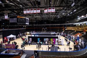 130 företag och 300 besökare var på plats i Fjällräven center.