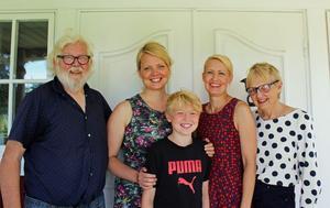 Familjen Gunnarsson/Bernhardsson: Bernt-Ove Gunnarsson, Sofi Gunnarsson, Åke Bernhardsson, Kristin Bernhardsson och Gunvor Gunnarsson.