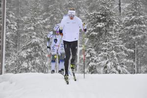 Oskar Svensson på snö i Idre.