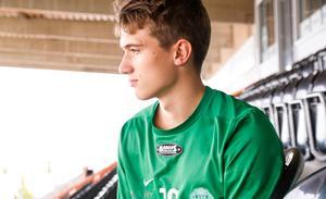 2001-födde (17 år) Hugo Rödlund ansluter till VSK från serieledaren i division 3 norra Svealand, Enköpings SK.