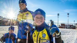 Per-Erik Rönnestrand, här med sönerna Nils och Björn, lider i hjärtat av mildvädret i vinter. Hans klubb, Ås IF, måste nu flytta fram DM till i slutet av mars.
