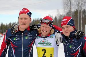 Axel Ekström och Filip Danielsson med Lucas Lennartsson efter det JSM-guldet i stafett 2014 – Örebro läns första JSM-titel sedan Fredrik Sätters 1991. Garphyttan vann JSM-stafetten tre år i rad – Axel var med de två första åren innan han blev senior och Filip körde alla tre (Lucas körde den första, Marcus Lennartsson de två sista och Adam Gillman den sista).