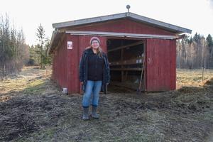 Malin Sundmark driver kaninproduktion på Lisasgården sedan 2013.