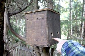 En fyrarummare för fåglar.
