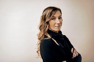 Arbogaförfattaren Linda Åkerstöm. (Foto: Kajsa Göransson)