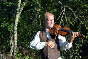 Lars Hjertner har spelat