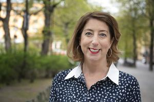 Jenny Colgans nya bok handlar om att komma tillbaka till en plats och göra det bästa av en situation.