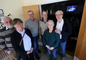Gänget bakom filmen samlat minuterna innan premiären. Anders Gustafsson, Karin Danielsson, Conny Sandberg, Kees De Rijk, Susanne Willén och Alf Fransson.