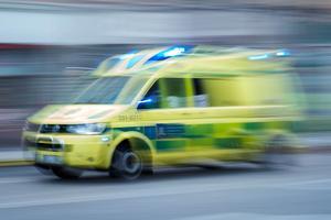 Ambulans. Arkivbild. Foto: Stina Stjernkvist.