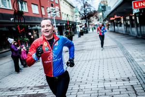 Foto: Henrik EvertssonDen första juljoggen arrangerades 2015. Den inbringade över 150 000 kronor till Ria i Borlänge. I år sker insamling till Rädda Barnen Borlänge.