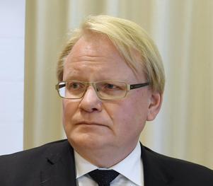 Försvarsminister Peter Hultqvist (S) måste gå på offensiven vad gäller försvarets personalförsörjning. Foto: Markku Ulander