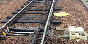 Två växlar och en kilometer bana skadades under godstågets urspårning. Bild: Nykvarns kommun