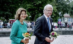Eftersom Tången både invigdes av Kungen och bär dennes inskription så tänker Bengt Lindströmsällskapeet även söka hjälp därifrån.