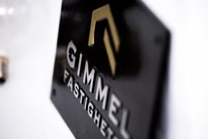 Gimmel köptes upp av Samhällsbyggnadsbolaget i Norden AB för två år sedan och ingår nu i deras koncern.