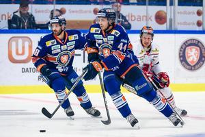 Peter Andersson trivdes mot gamla lagkompisarna i Örebro Hockey. Foto: Jonas Ljungdahl/Bildbyrån
