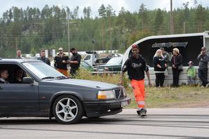 Mikael Persson med vänner fixar motorfesten i Älvdalen till helgen.